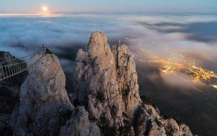 Водопад Учан-Су и гора Ай-Петри