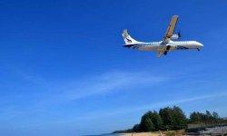 Пляж Май Као место где садятся самолеты на Пхукете.