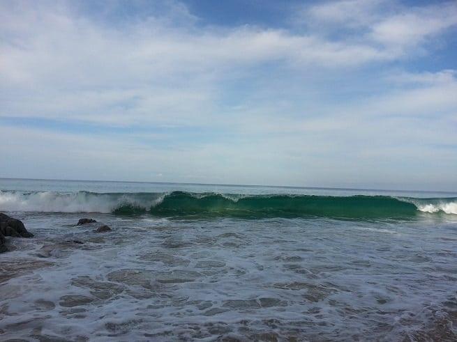Волны иногда большие
