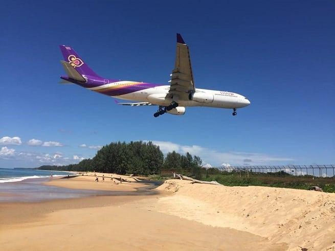 самолет садится