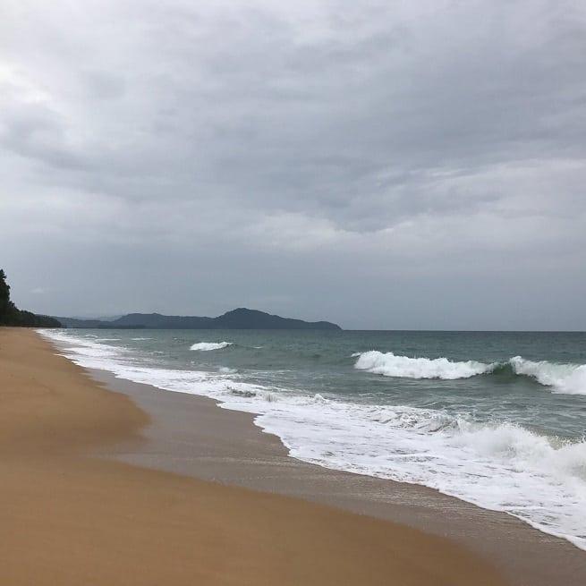 Волны бывают немаленькими