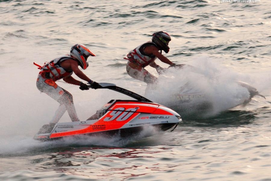 гонки на аквабайках