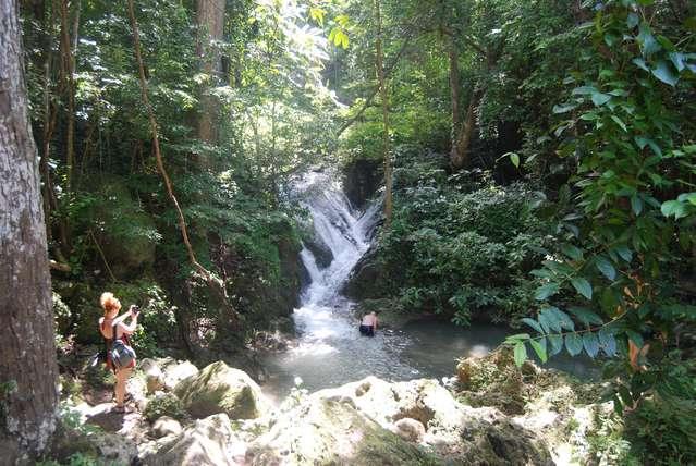 Каскад водопада