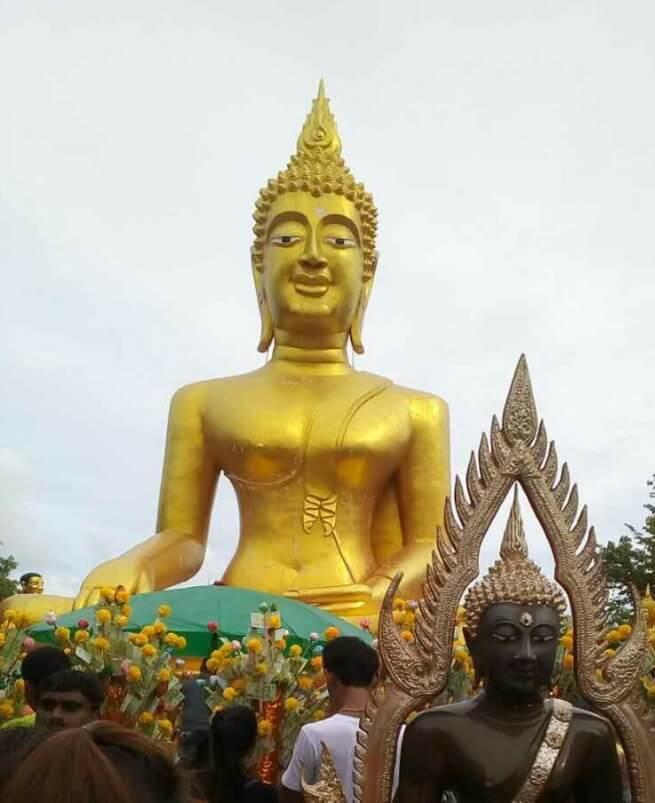 Основная статуя