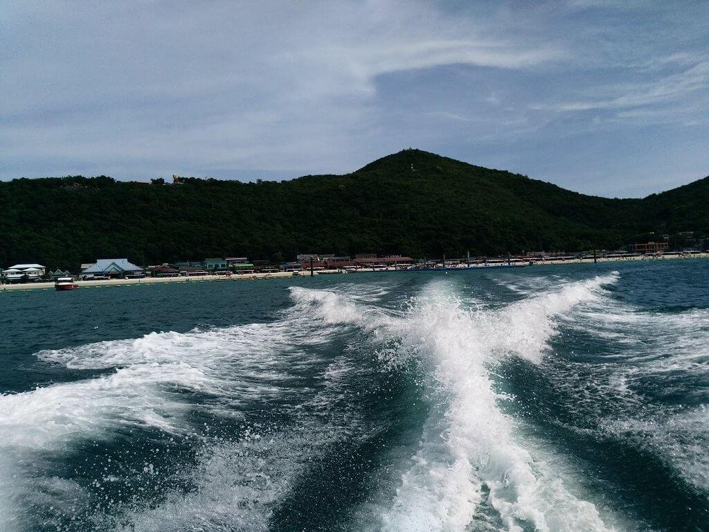 Сангван бич  лучший пляж острова ко лан в паттайе фото отзывы место на карте