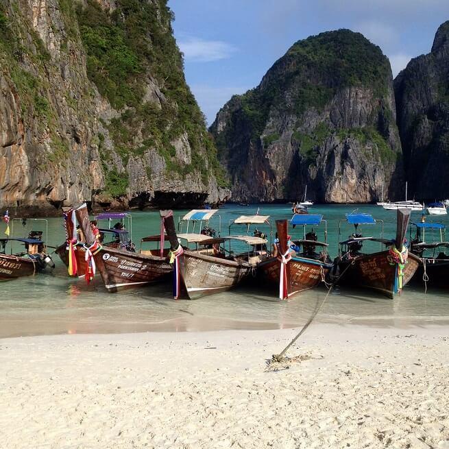 Лодки везде