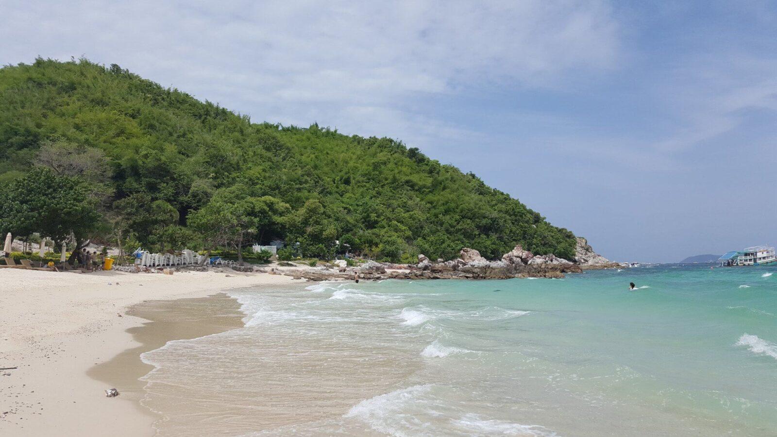 Общий вид пляжа