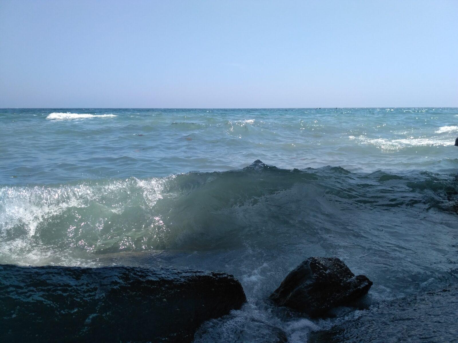 Накатывающая волна