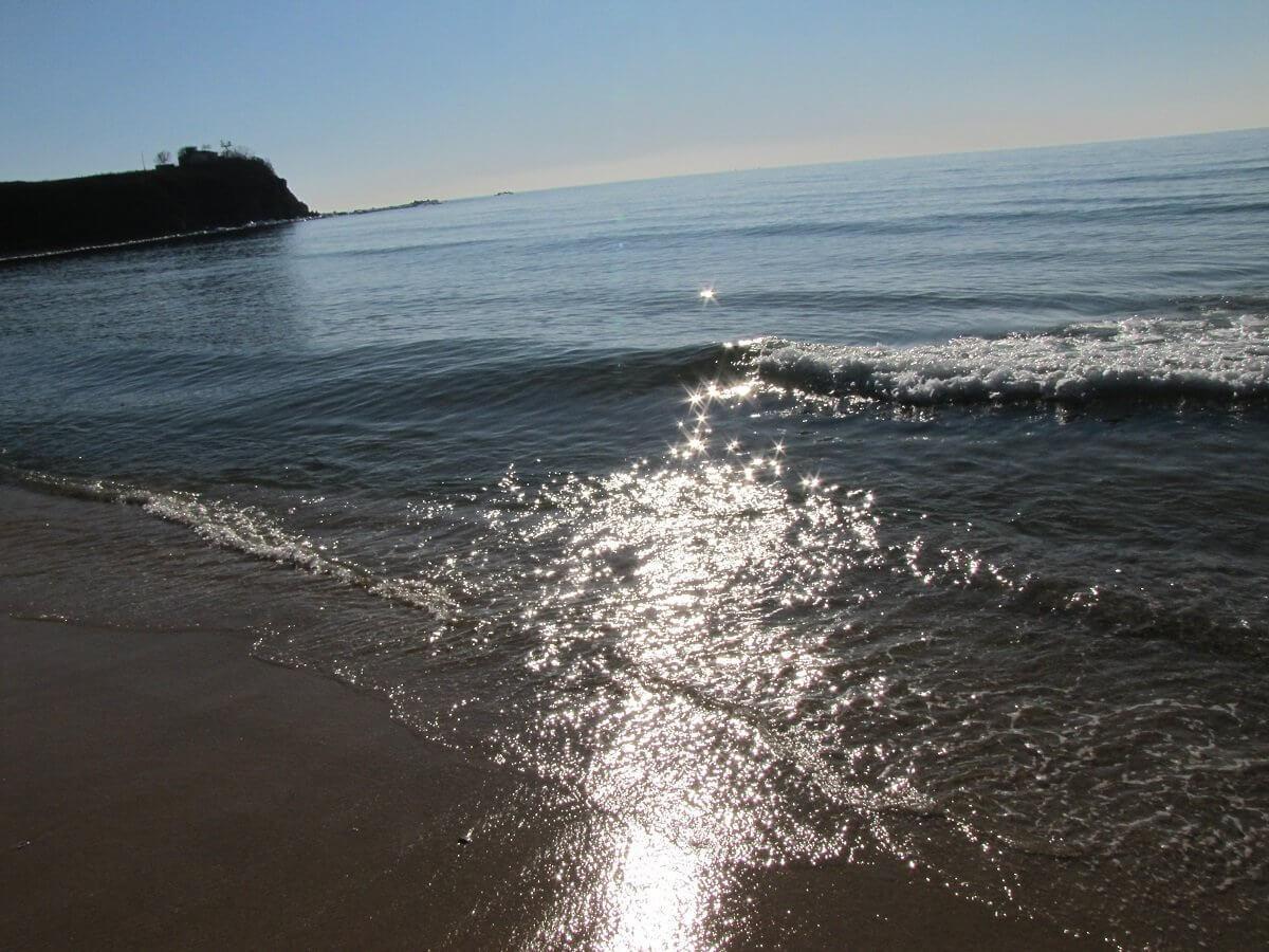 Накатывающие волны