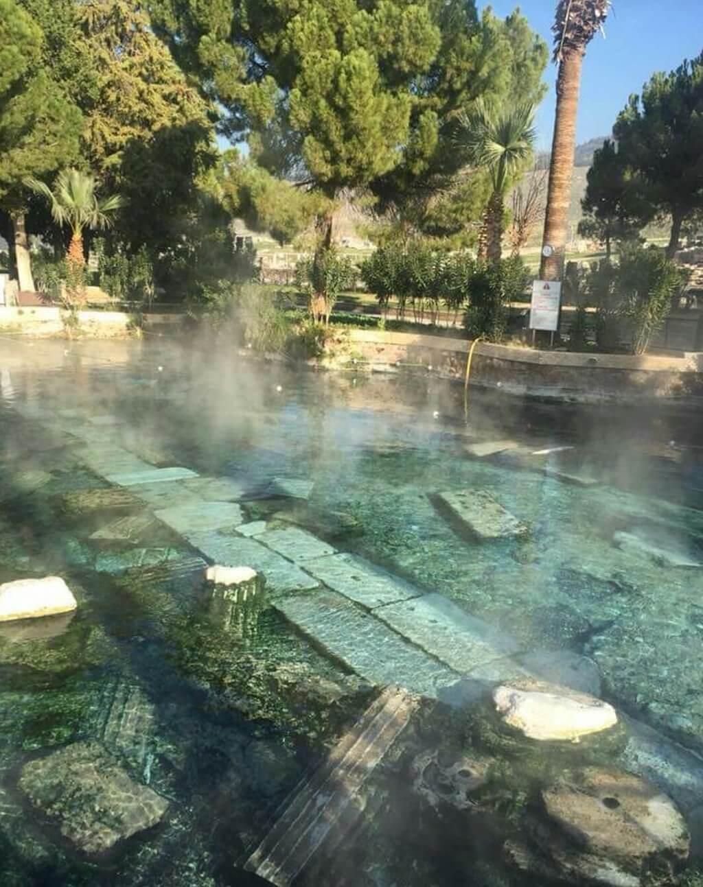 Дымящаяся вода