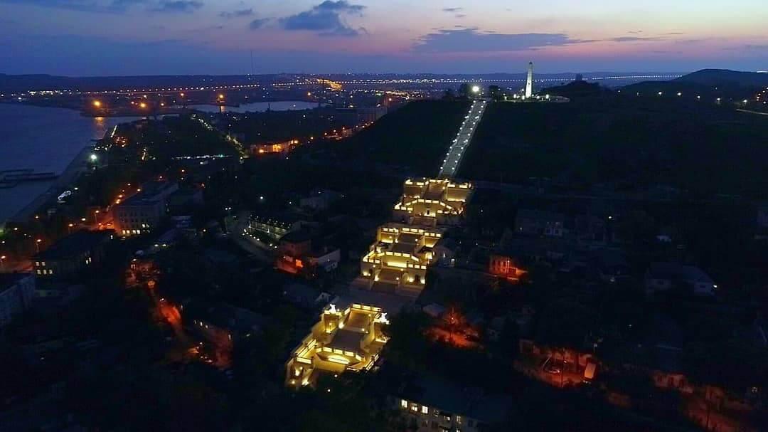 Лестница ночью