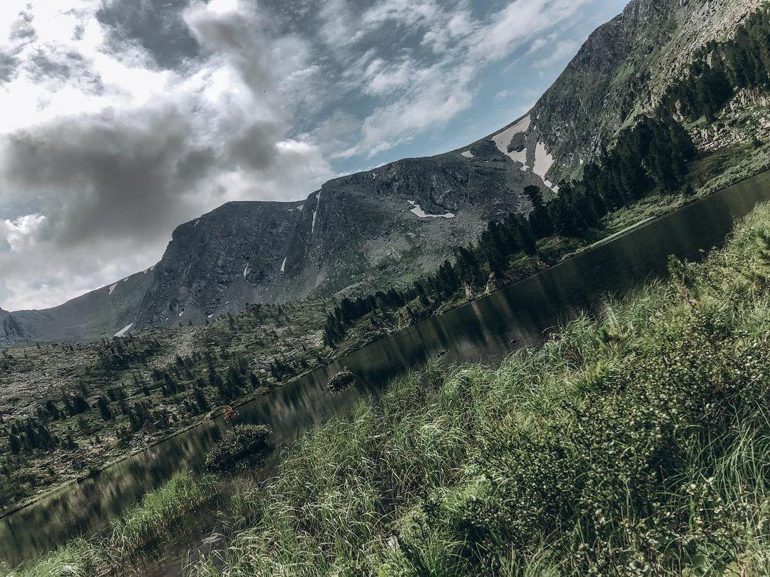 Горы в Алтае великолепны
